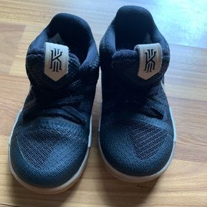 Nike Kyrie 3 Toddler Shoes